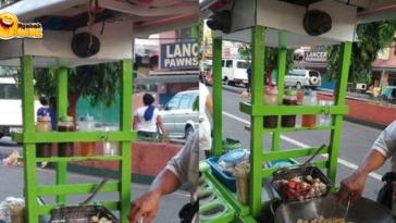 Viral Gerobak Tukang Gorengan Pasang CCTV karena Sering Dicurangi