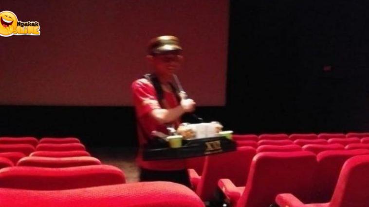 Curhatan Viral Penjual Popcorn yang Sering Ditertawakan ABG