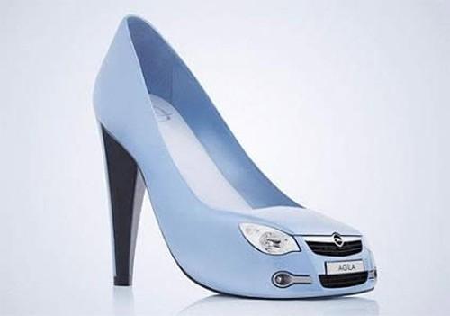 Sepatu Sendal desain AntiMainstream