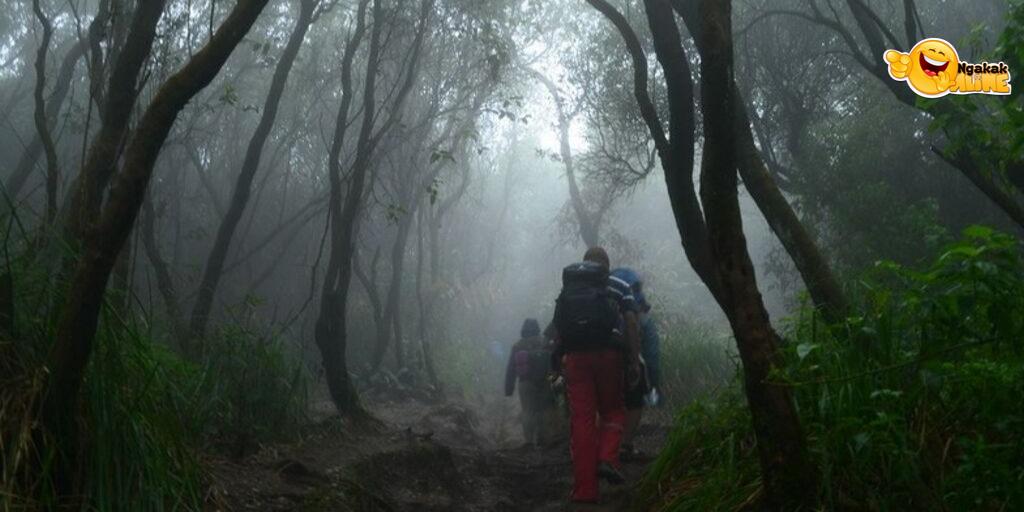 Tersesat Di Desa Hantu Gunung Kalingan